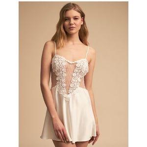 Flora Nikrooz nightgown / slip / chemise Medium